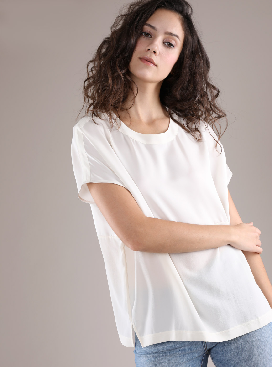 Women's Drop Shoulder Silk Contrast Tee