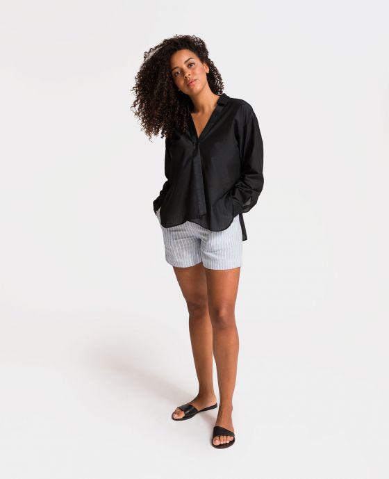 03cac7e3847eb4 Model wearing Silk Cotton Crossover Shirt ...